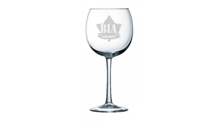 Cachet red wine glass with the Brothers in Arms logo