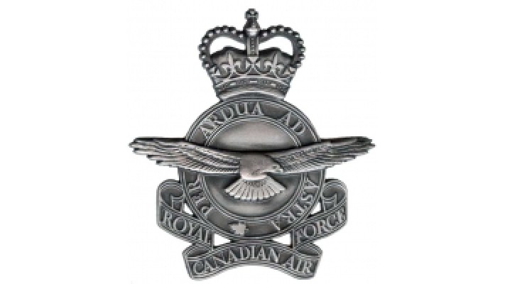 Logo en étain de l'Aviation Royale du Canada- Modèle 1953-1968